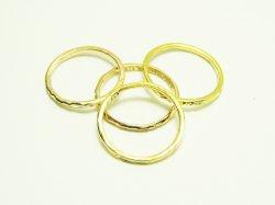 KR 001 KNUCKLE RING 10€.