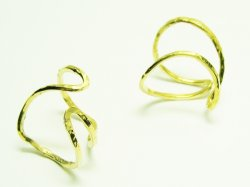 KR 004 KNUCKLE RING 15€.