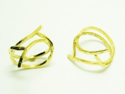 KR 006 KNUCKLE RING 15€.