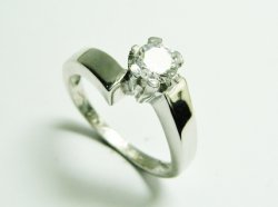 SRNFP028,SOLITAIRE RING 2.960€.