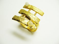 R006 HAND MADE RING 70€.