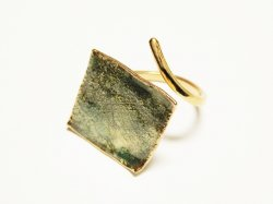 R021 HAND MADE RING 50€.
